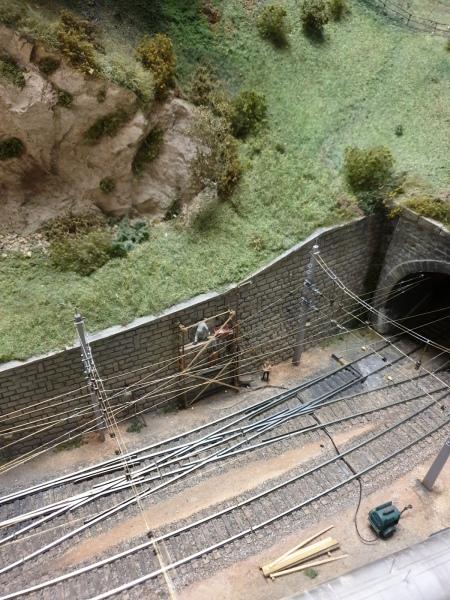 Bauarbeiten an der Stützmauer