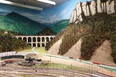"""Viadukt """"Kalte Rinne"""" mit Polleroswand"""