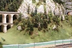 Krauselklauseviadukt mit gleichnamigen Tunnel